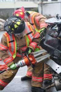 volunteer firefighters vehicle extrication training